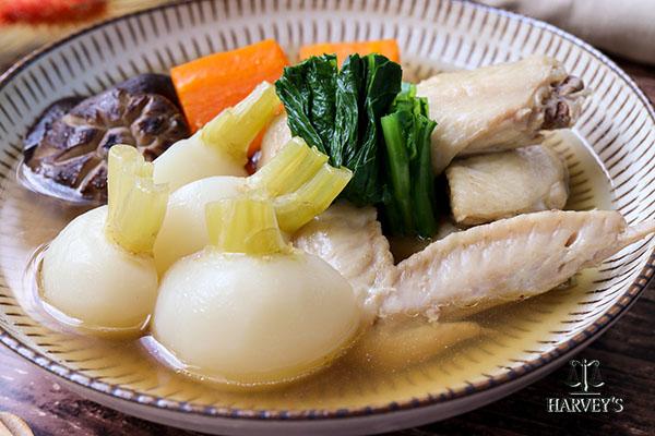 根菜と手羽先のやわらか煮(薬膳風)
