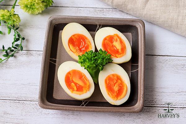 スパイス風味の塩煮卵